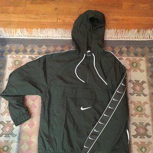 Nike lightweight jacket, windbreaker with hood